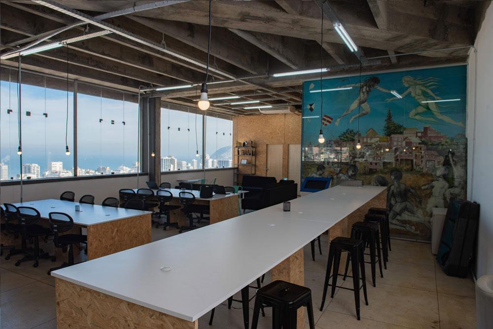 Inaugurado em julho de 2018, Favela Hub funciona como coworking e incubadora de negócios das comunidades.